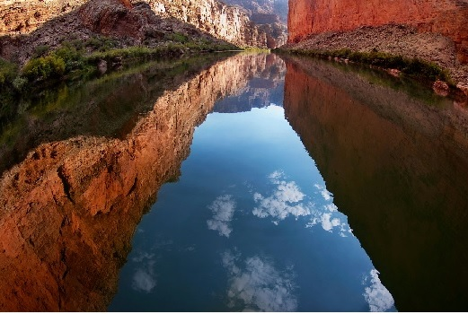 Colorado_River_Reflection.jpg